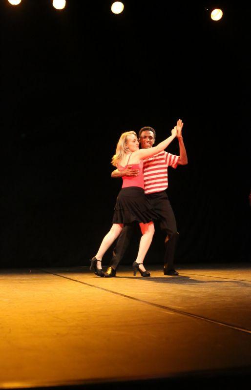 Aulas de Dança de Salão Preços na Cidade São Mateus - Aula de Dança de Salão