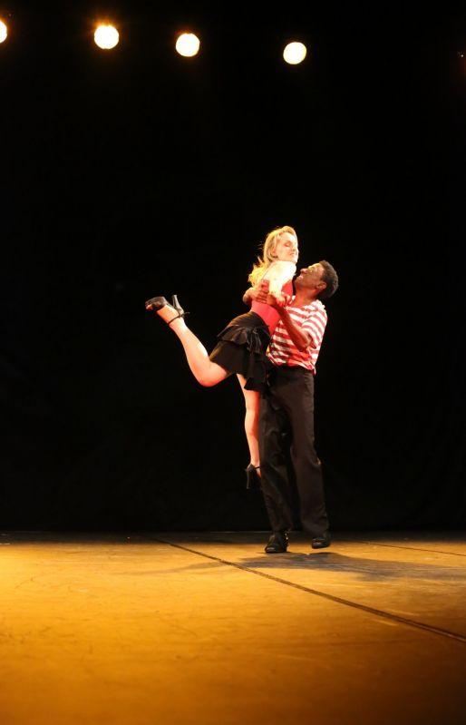 Aulas de Dança de Salão Valores na Vila Barreira Grande - Aulas de Danças de Salão