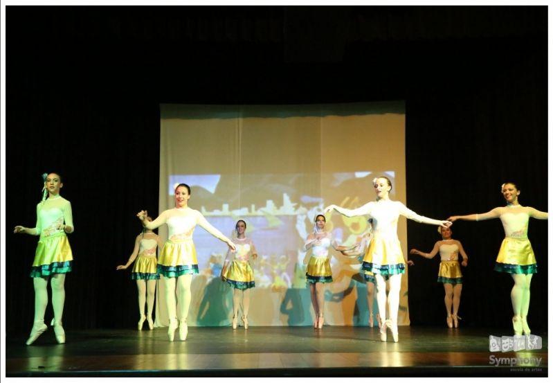 Aulas de Danças de Salão Qual o Valor na Vila Azevedo - Valor Aula de Dança