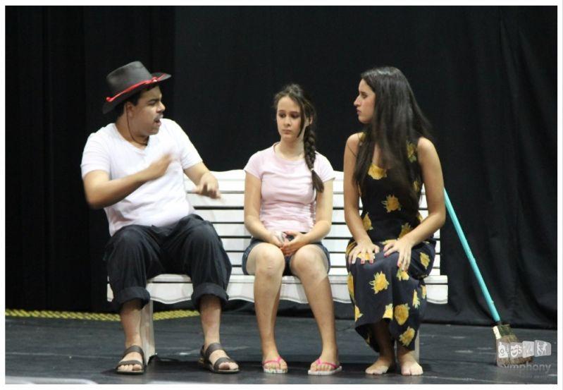 Aulas de Teatro Infantil Qual o Preço no Jardim Santo Elias - Escola de Teatro em SP