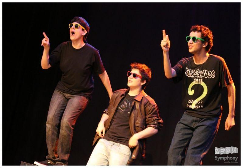 Aulas de Teatro para Iniciantes Qual o Preço no Jardim São João - Preço Curso de Teatro