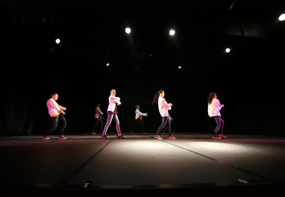 Onde Encontrar Aulas de Dança de Salão em Aricanduva - Aulas de Dança na Zona Leste