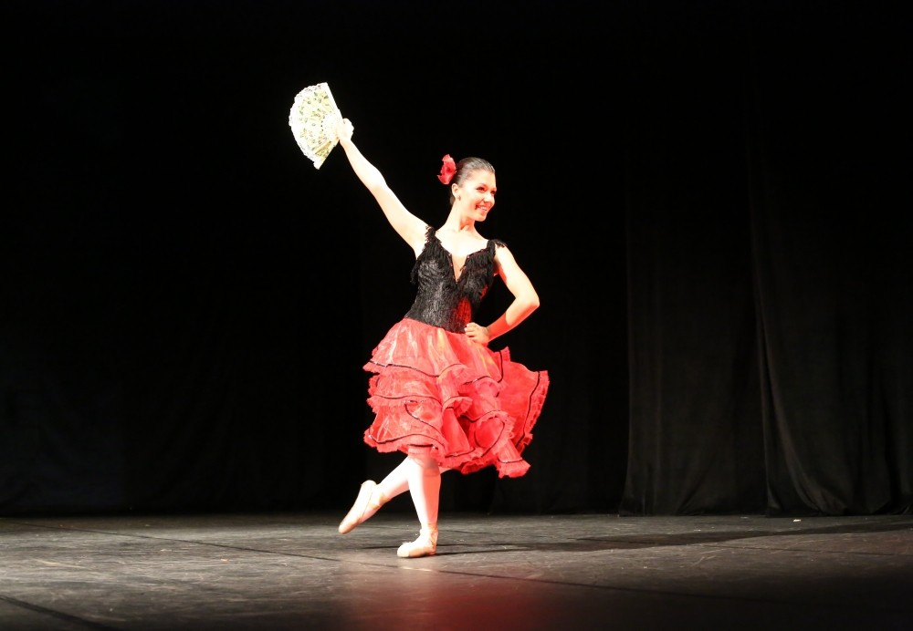Preços de Aula Dança de Salão na Vila Mirim - Preço Aula de Dança