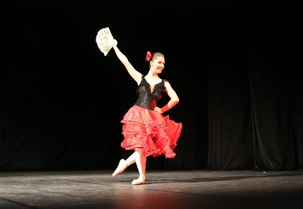 Preços de Aula Dança de Salão no Conjunto Habitacional Marechal Mascarenha de - Aulas de Dança de Salão