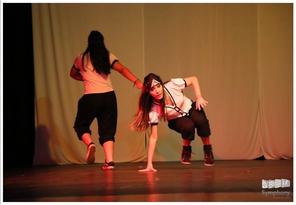 Preços de Aulas Dança de Salão na Vila Elba - Valor Aula de Dança