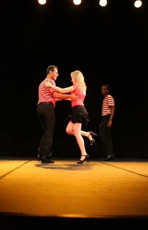 Preços de Aulas de Dança de Salão na Cidade IV Centenário - Aula de Dança de Salão