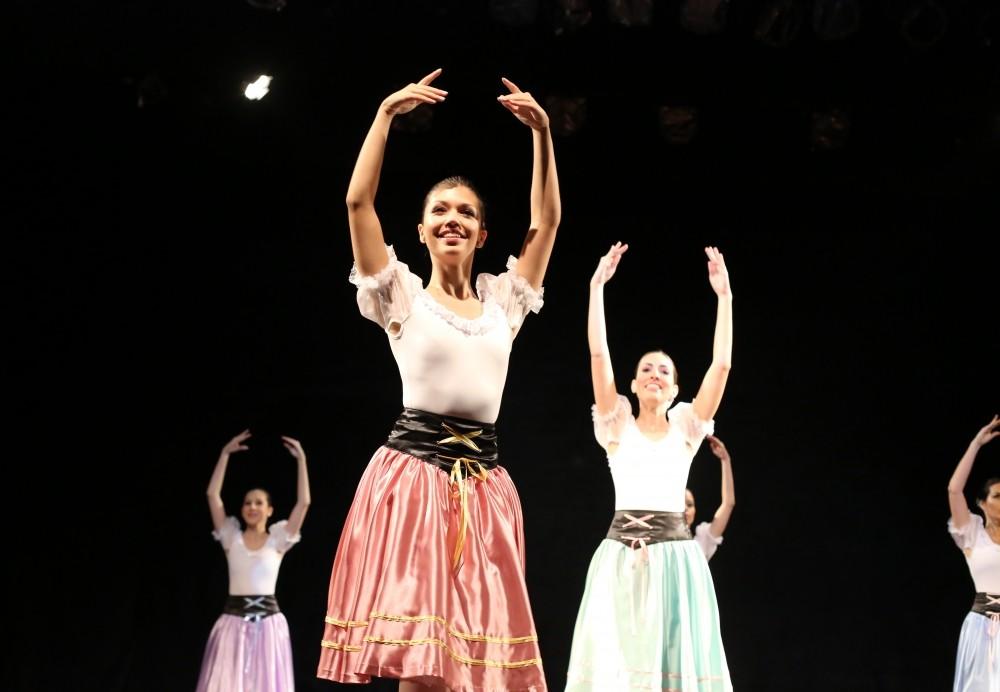 Qual o Valor Aula de Danças na Vila Barreira Grande - Aulas de Danças SP