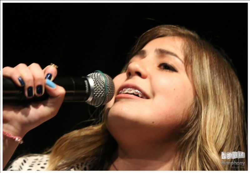 Qual Valor de Aulas de Canto Lírico no Jardim Laone - Quanto Custa Aula de Canto