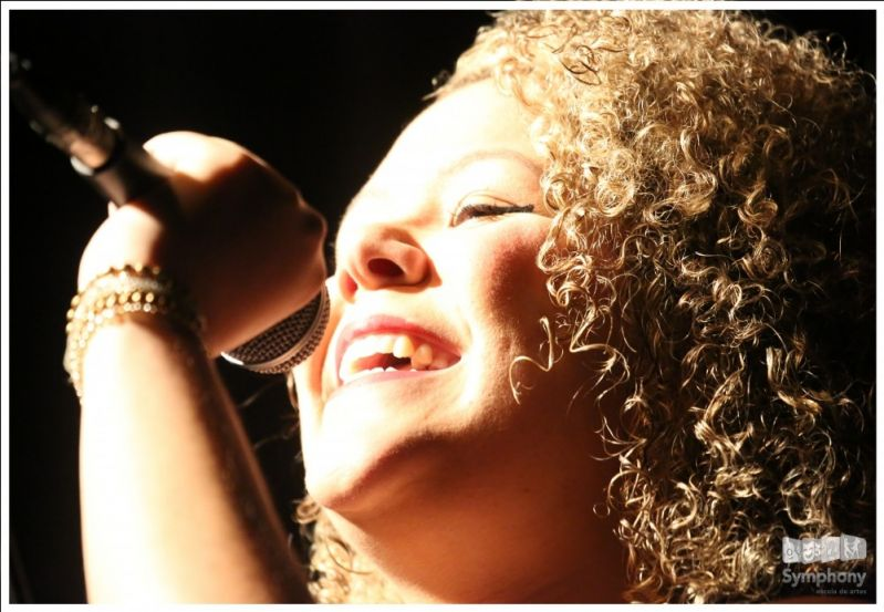 Quanto Custa uma Aula de Canto Gospel no Jardim Arisi - Aula de Canto em SP