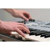 Aula teclado iniciante na Vila Simone