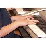 Aulas para iniciantes de teclado no Conjunto Habitacional Marechal Mascarenha de